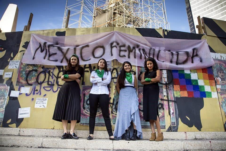 Brinda colectivo asesoría legal a mujeres